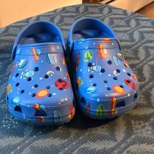 Crocs J2 size clog- space theme